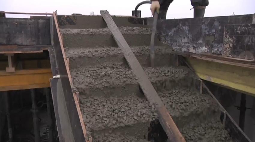Изображение 8 – Расчет и бетонирование лестницы